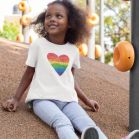 Girls heart t-shirt rainbow